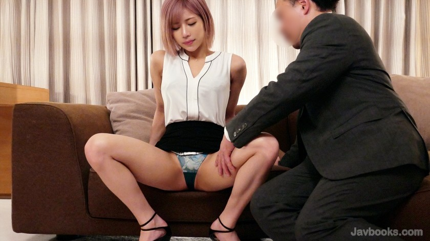 [259LUXU-1434]ラグジュTV 1413 美人メイクアップアーティストが前回のセックスに魅了され再登場!クールな印象とは裏腹に自身をMタイプだと語る彼女…。イヤらしい男の指示に頬を染めつつ照れながらも従い、興奮と比例して敏感となった身体…。止めどない快楽に喘ぎ乱れる!