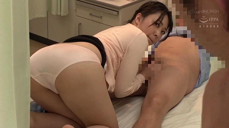 NHDTB-097 入院中の夫に頼まれて仕方なく舐めだした美人妻のフェラ尻に我慢できず後ろから即ハメ5 ケツ穴をガン見され欲情する奥さん編
